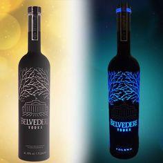 @ www.giftsandbottles.com  De Belvédère Midnight Saber Limited Edition Magnum fles springt in het oog dankzij de opvallende blauwe led verlichting. De fluor kleur in contrast met het stijlvolle zwart maken van deze luxury vodka een ware eyecatcher. De limeted edition is de must have in nachtclubs, bars en bij u thuis.