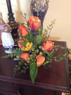 Tulip arrangement... Great for small space.