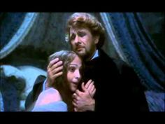 Parigi, O Cara, La Traviata by Verdi, 1982 // Placido Domingo and Teresa Stratas, directed by Franco Zeffirelli