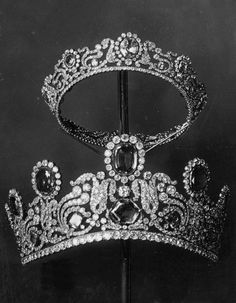 The Tiaras from the Duchess of Angoulême's Sapphire Parure (Bapst, 1819).