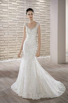 Νυφικά Φορέματα Demetrios Collection - Style 675