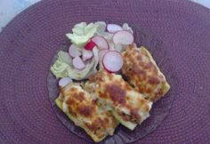Töltött cukkini darált hússal Zucchini and minced meat Easy Cooking, Zucchini, Bacon, Eggs, Meat, Dinner, Breakfast, Food, Beef
