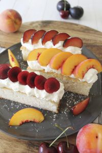 Get this delicious recipe for Stone Fruits & Cream with Vanilla White Cake from Chef Ronnie Woo. Fun Easy Recipes, Easy Meals, Good Food, Yummy Food, Private Chef, Cake Recipes, Cheesecake, Vanilla, Cream