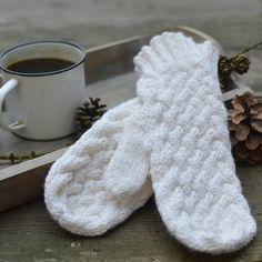 Little angel Lavender Crochet pattern by Kamlin Patterns Knitted Gloves, Fingerless Gloves, Stylus, Arm Warmers, Mittens, Crochet Patterns, Lavender, Blog, Handmade