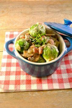 spruitjes Dutch Recipes, Cooking Recipes, Healthy Recipes, Mini Cocotte Recipe, Happy Foods, Pasta, Different Recipes, Food Design, Quick Meals