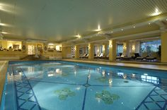Piscine intérieure, à l'eau douce  #piscine #eau #water #bienetre #sante #health #bienestar #spa #sweetwater www.marysemasse.com