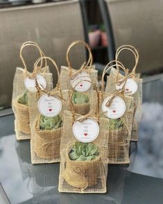 38 Simple Wedding Decorations For Your Delicate Wedding wedding, wedding decoration, wedding table wedding favors 38 Simple Wedding Decorations For Your Delicate Wedding - HomeLoveIn