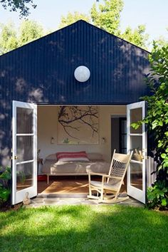 """Los Feliz Garden HousePrice: $395 per nightThe Best Part: Described by L.A. Times Magazine as, """"a whimsical amalgam of farmhouse style and contemporary design."""" #refinery29 http://www.refinery29.com/la-air-bnb-listing#slide-7"""