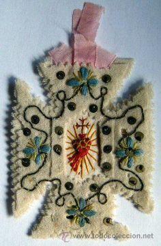 Antiguo escapulario bordado (Antigüedades - Religiosas - Escapularios Antiguos)