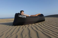 LayBag™ and relax! ++WORLDWIDE DELIVERY.++ Ultra Lightweight. Easy inflatable. Extremely comfortable. Just awesome. Relax in the park, on the beach.. anywhere, anytime. The LayBag™ as a brand-new product and the lifestyle innovation of the season has been created to perfectly relax anywhere.