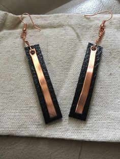 Black leather copper earrings Leather and Copper Drop earrings, Essential oil diffuser earrings, Bla - DIY Jewelry Crafts Ideen Bar Earrings, Copper Earrings, Copper Jewelry, Wire Jewelry, Jewelry Crafts, Jewellery Box, Geek Jewelry, Diamond Earrings, Gothic Jewelry