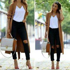 long-tan-cardigan-outfit- Winter ootd lookbook http://www.justtrendygirls.com/winter-ootd-lookbook/
