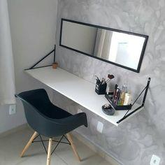 Study Room Decor, Cute Room Decor, Room Ideas Bedroom, Home Decor Bedroom, Home Room Design, Small Room Design, House Design, Aesthetic Room Decor, Home Decor Furniture