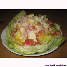 Salat mit Ananas Avocado, Cabbage, Vegetables, Food, Pineapple Salad, Pineapple Recipes, Ground Meat, Salads, Greek Salad