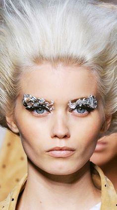 ice make up show fashion haute couture