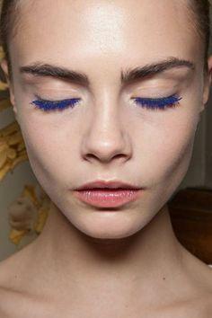 Cara Delevingne rocking blue mascara