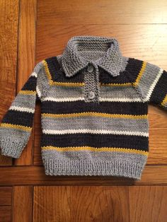 Knitting patterns boys sweaters crochet cardigan 38 new ideas Baby Boy Knitting Patterns, Baby Sweater Patterns, Knit Baby Sweaters, Boys Sweaters, Knitting For Kids, Knitting Designs, Fall Knitting, Baby Knits, Cardigan Pattern