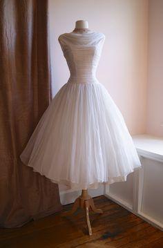 "Adorable! 1950s wedding dress | Xtabay Vintage Clothing Boutique - Portland, Oregon                           Very ""Grace Kelly""."