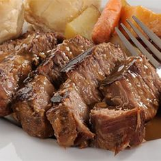 Finally, a healthy beef recipe that you can feel good about serving to your family! This garlic and herb beef roast with potatoes is made with clean ingredients and an arsenal of nutritious veggies. You might also like: Top 10 …