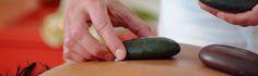 Sassi dei Vulcano-  die Massagen mit heißen und kalten Steinen! Massage, Eggplant, Avocado, Fruit, Vegetables, Food, Lawyer, Essen, Eggplants