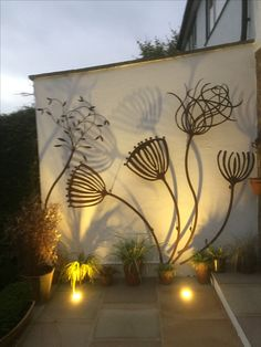 Angie Lewis inspired sculpture by Alan Ross Art in - Murales Pared Exterior Outdoor Art, Outdoor Walls, Modern Outdoor Wall Art, Outdoor Metal Wall Decor, Outdoor Wall Fountains, Outdoor Shelves, Metal Wall Art Decor, Water Fountains, Outdoor Wall Sconce