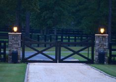 Heritage Equine Equipment is your local Aiken, SC source for custom built equine equipment such as dutch doors for you barn or horse stalls. Driveway Entrance Landscaping, Metal Driveway Gates, Front Gates, Entry Gates, Backyard Landscaping, Farm Entrance Gates, Farm Gate, Farm Fence, Fence Gate