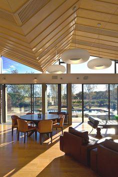Mountain Range House, New Zealand - http://www.adelto.co.uk/a-modern-mountain-range-house-new-zealand/