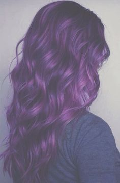Such a beautiful colour, I want my hair dip dyed this shade of purple:')