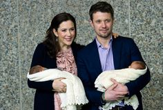 14 January 2011 - Mary & Frederik With the newborn twins