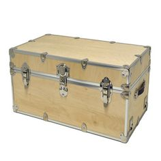 Birch Storage Trunk Large now featured on Fab. I'd paint it black (or cover it in black leather) and it would be my Hogwarts trunk. :D