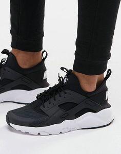 Immagine 1 di Nike - Air Huarache Run Ultra - Scarpe da ginnastica All Black Nikes, Black Nike Shoes, Nike Free Shoes, Black Sneakers, Running Shoes Nike, Nike Sneakers, Vans Shoes, Sneakers Workout, Sneakers Design