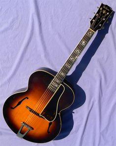 1939 Gibson L-7- 'Advanced Model' Archtop Guitar, Guitars, Jazz Guitar, Music Instruments, Model, Scale Model, Models, Musical Instruments