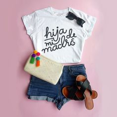 Sassy Shirts, T Shirts For Women, Mom Shirts, Vinyl Shirts, Custom Shirts, Mexican Shirts, Casual Outfits, Cute Outfits, Look Girl