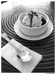 Icecream Swirl | La Marea Sweet | Photo by mrwhitepatch | B Food |