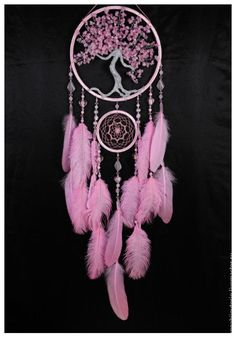 Купить или заказать Pink Dream Catcher Tree of life Dreamcatcher quartz Dream сatcher pink в интернет магазине на Ярмарке Мастеров. С доставкой по России и СНГ. Материалы: дерево, керамический жемчуг,…. Размер: размер большого кольца 24 см, полная…