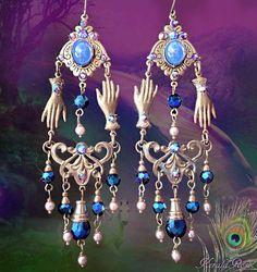 Mystic Fortune Teller Dangling Gypsy Costume Gold//Red Dangle Earrings