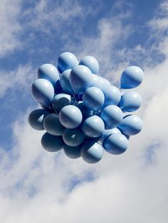 history photos, blue balloons, color, blue skies, art history