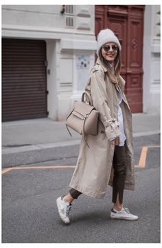 Curvy Outfits, Casual Outfits, Fashion Outfits, Celine Belt Bag, Clothing Blogs, Mode Blog, Dior, Autumn Street Style, Zara
