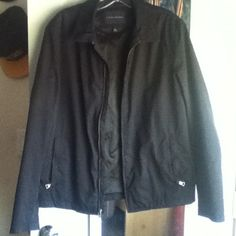 Men's Banana republic black jacket ⚠NEGOTIABLE⚠ A very nice Banana republic jacket! Amazing condition! Says size Small but fits a medium. Very clean and no blemishes ⚠ALL PRICES ARE NEGOTIABLE⚠ Banana Republic Jackets & Coats
