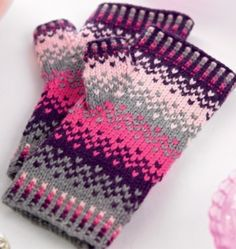 best ideas for crochet mittens pattern fingerless mitts fingers Knitting Charts, Knitting Patterns Free, Free Knitting, Free Pattern, Knitting Machine, Hat Patterns, Fingerless Gloves Knitted, Crochet Gloves, Scarf Patterns