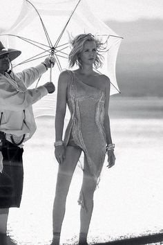 Charlize Theron - Image 13