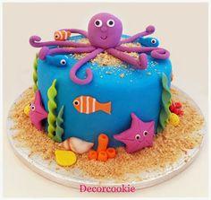 Tarta y cupcakes marinos
