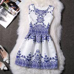 52341e9c113 Autumn Winter Women Dress 2018 Elegant Casual Floral Dresses Vintage  Jacquard A-line Party Dress Female Plus Size 5XL vestidos