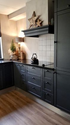 Blue Gray Kitchen Cabinets, Modern Kitchen Cabinets, Painting Kitchen Cabinets, Kitchen Interior, Black Cabinets, Beautiful Kitchen Designs, Beautiful Kitchens, Black Kitchens, Home Kitchens
