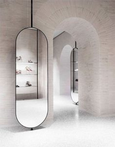 Showroom Interior Design, Boutique Interior Design, Retail Interior, Clothing Store Interior, Clothing Store Design, Barber Shop Decor, Mirror Shapes, Conceptual Design, Floor Mirror