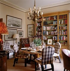 Sybil Colefax (and of course John Fowler) were two of the most influential interior designers of the 20th C. This room is proof of the endurance of classic design.