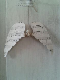 ☆ White Christmas Wonderland ☆ Angel wings ornament from music paper