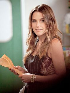 Sophia Bush - I love her hair