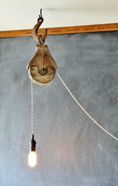 Industrial farmhouse barn pulley light | an easy DIY project with supply list | www.knickoftime.net #FarmhouseLamp