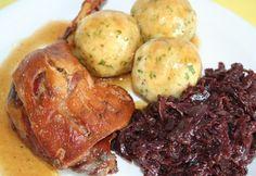 Ez volt a tavalyi év TOP 12 kedvenc húsétele | NOSALTY Hungarian Recipes, Holiday Recipes, Main Dishes, Cake Recipes, Bacon, Pork, Food And Drink, Dinner, Cooking